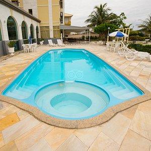 The Pool at the Lexus Internacional Ingleses