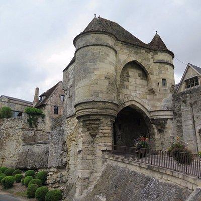 Средневековые ворота Лана