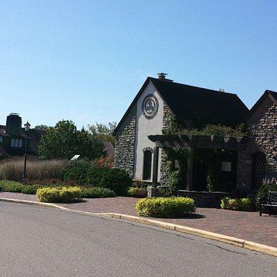 Glenwood Gardens Visitor Gate and Center