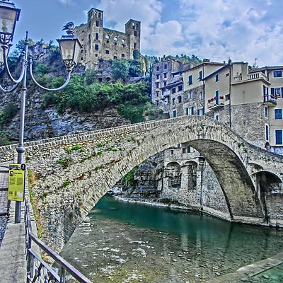 vista del ponte e castello