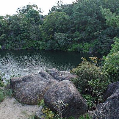 西宮市北山緑化植物園 北山池