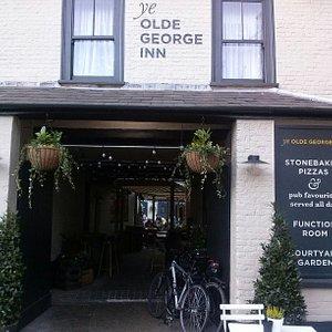 Ye Olde George Inn, Christchurch, Dorset