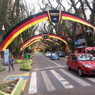 Rua Marechal Floriano junto a Praça Getúlio Vargas Santa Cruz do Sul