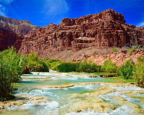 cascades of Navajo Falls