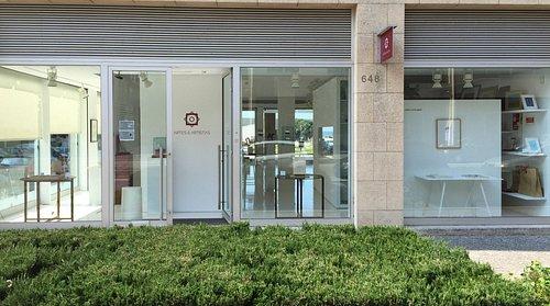 Galeria Artes & Artistas - Entrada