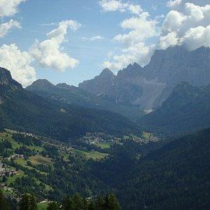 Vista su Val Fiorentina, Selva di Cadore e Pelmo