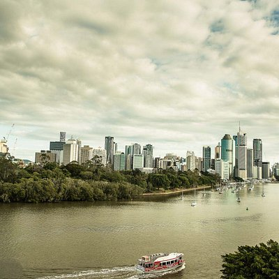 Kangaroo Point is the best spot for a sunset.