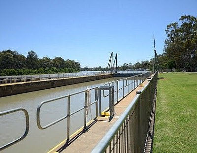 Nice spot. Head down further along river to see lock 5 in action