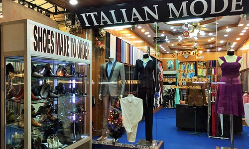 THIS ITALIAN MODE COLLECTION STORE