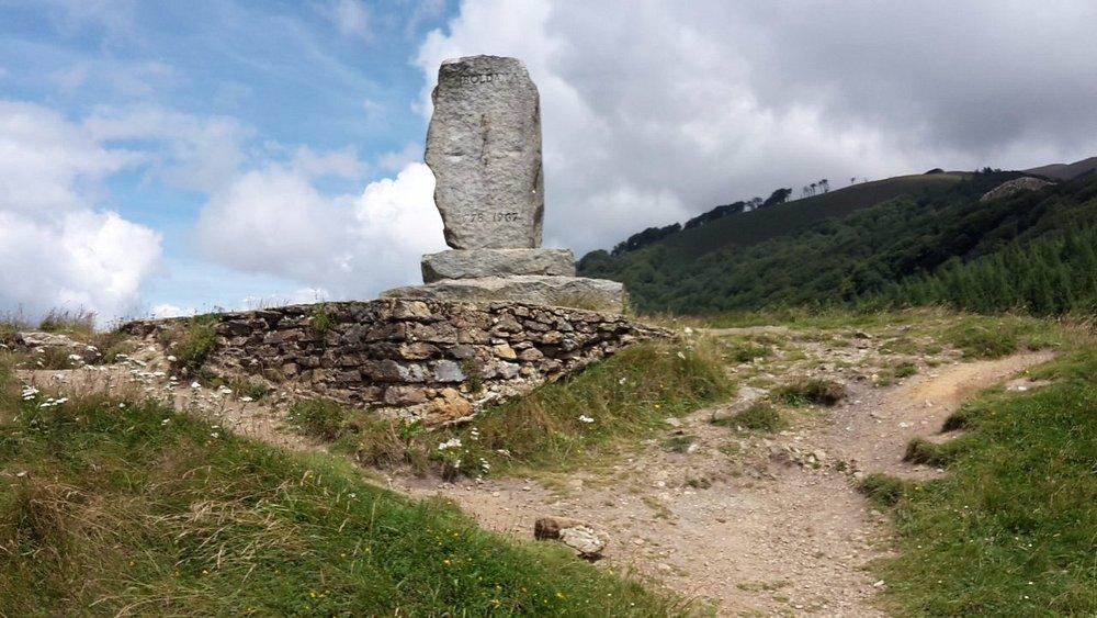 Stele che commemora la battaglia di Roncisvalle ed il paladino Rolando