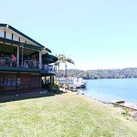 Tea house and the lake