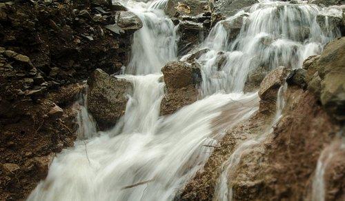 JenJon Holiday Homes - Phansad, Private Waterfall