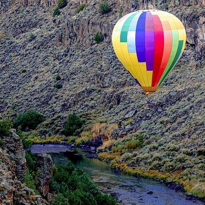 Pueblo Balloons