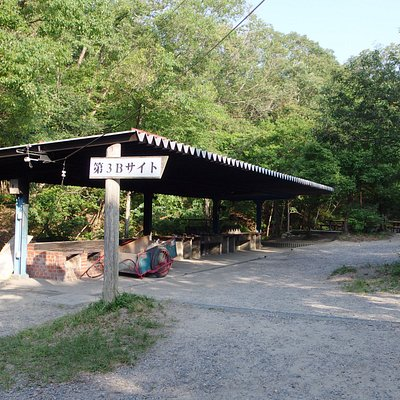 キャンプ場の一つです。ここにテントも沢山設定してくれています。