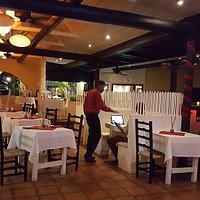 В помещении ресторана