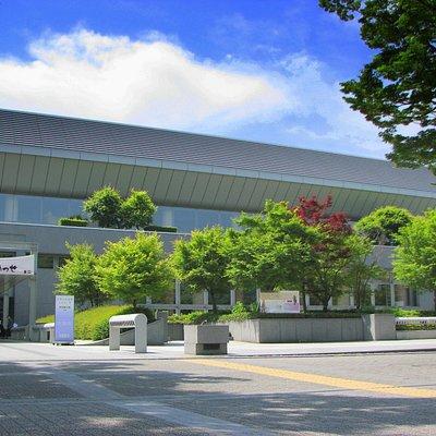 京都市勧業館みやこめっせ 二条通りからの外観