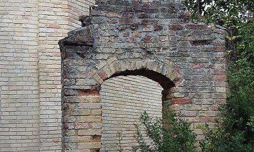 il portico trecentesco