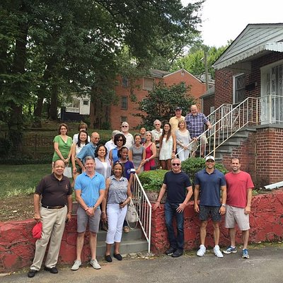 Group photo in from of Dr. King's last home in Atlanta.