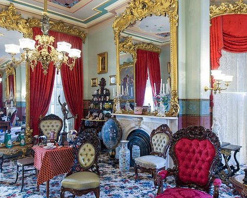 Campbell House parlor