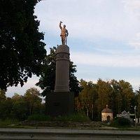 Памятник ижорцам - красногвардейцам
