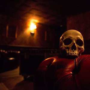 the HAUNTED HOUSE room at moviESCAPE