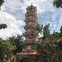 Temple of the Buddha's Relic (Xa Loi pagoda)