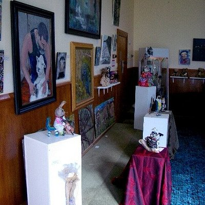 Oil Paintings and Sculptures at the Cwtch Gallery