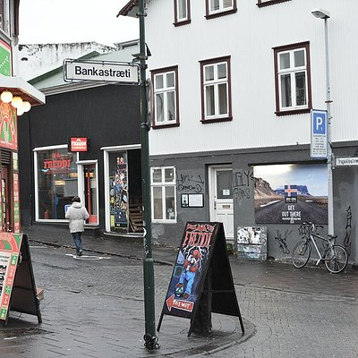 Freddi is located right off of Laugarvegur, Reykjavík's main shopping street