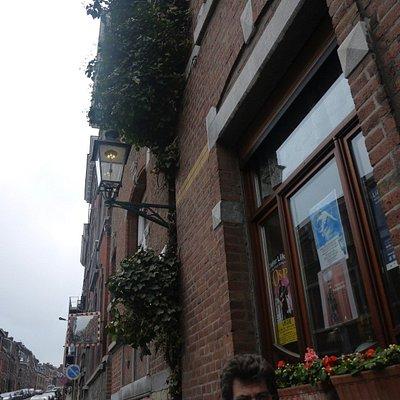 avril 2012 la façade