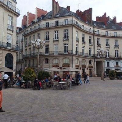Plaza Graslin