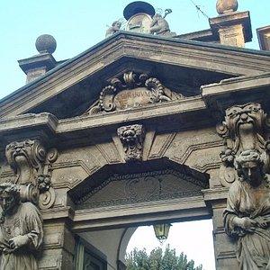 Il portale d'ingresso del Richini (1652)