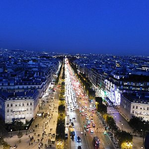 Champs Elysees from the Arc de Triomphe 10 lanes, 70 ft sidewalks