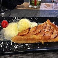 Entrecôte sauce roquefort et tarte aux pommes