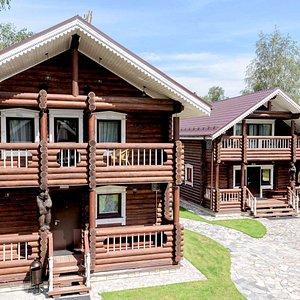 Лахтинские бани - русская баня на дровах.