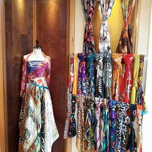 Weave Story: Exclusive Silk, Wool & Batik