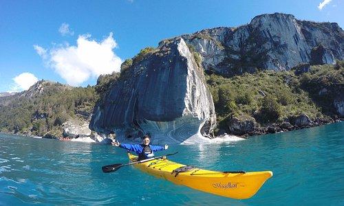 Kayak en catedrales de marmol, Puerto rio Tranquilo