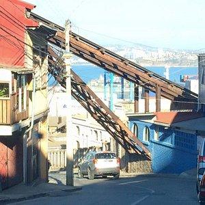 Ascensor Villaseca, un invaluable aporte del Valparaíso inexplorado