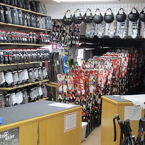 Full service ski, snowboards, X-country & snowshoe rentals