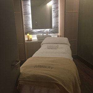 & Beauty Spa John Lewis   An amazing relaxing experience with lovely Lizzle in a peaceful place