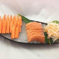 Samurai Sushi เปิด เวลา 11.30 - 20.30  ร้านปิดวันจันทร์ ตั้งอยู่ระหว่างแยกนกอินทรีกับแยกเสือคาบด