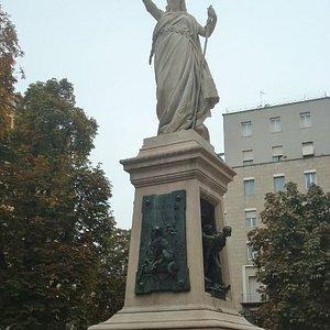 Monumento ai Caduti di Mentana