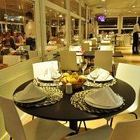 Las mesas, decoración..