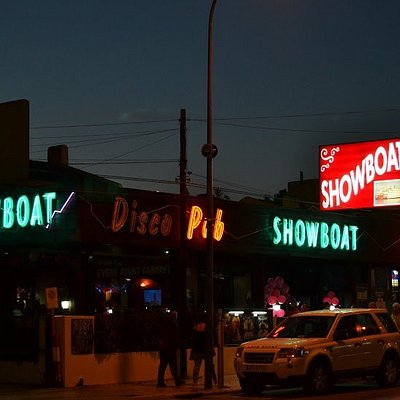 New look Showboat