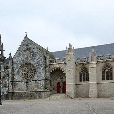 Chevet de l'église Notre-Dame restauré en 2011.