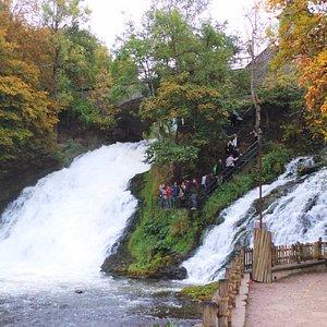 Twee watervallen in Petit-Coo