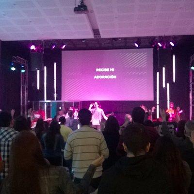 Adoración / Worship en Saddleback Buenos Aires