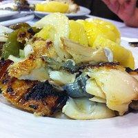 bacalhau grelhado com batata cozida