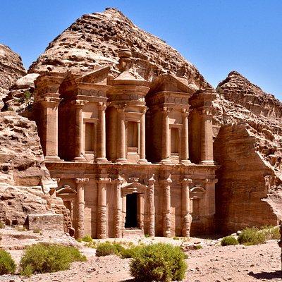比Treasury更宏偉的修道院