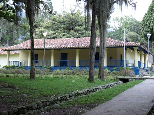 Casa Colonial en el lugar