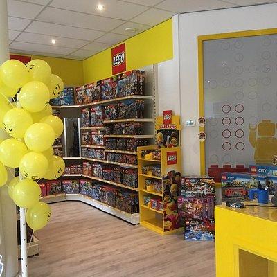 Een gedeelte van de LEGO winkel Brick King in Nieuwerkerk ad Ijssel